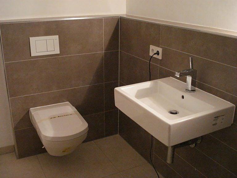restroom-tiling-work-sample